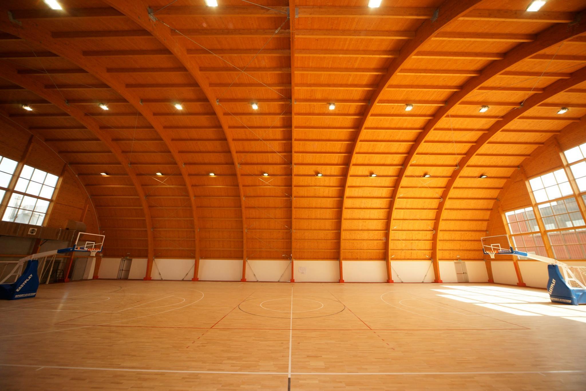 Legno lamellare costruzione impianti sportivi olimpia srl